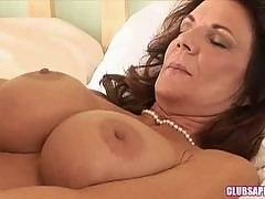 ClubSapphic - Sammy Grand Gets Bold in Front of Deauxma